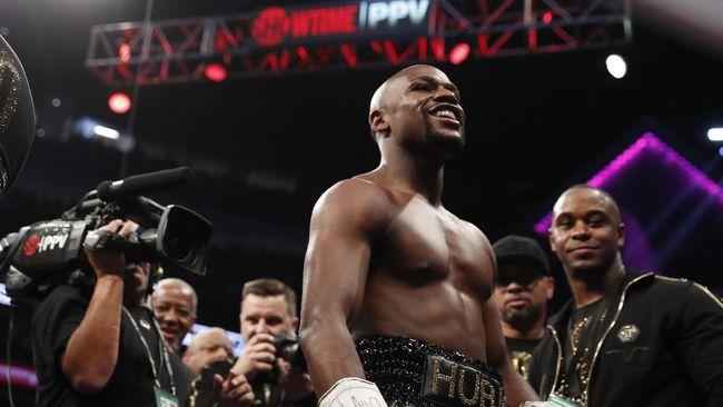 Manajer Khabib: Mayweather Tak Punya Nyali Bertarung MMA