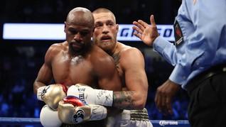 Laga Mayweather vs McGregor Buat Box Office Akhir Pekan KO