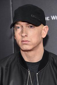 Rapper terkenal Eminem pernah terobsesi untuk menguruskan berat badannya. Bahkan ia pernah melakukan olahraga yang ekstrem sampai akhirnya berhasil keluar dari jerat masalah tersebut. (Foto: Getty Images)