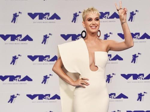 Katy Perry Batal Tampil di Victorias Secret karena Ditolak Masuk China