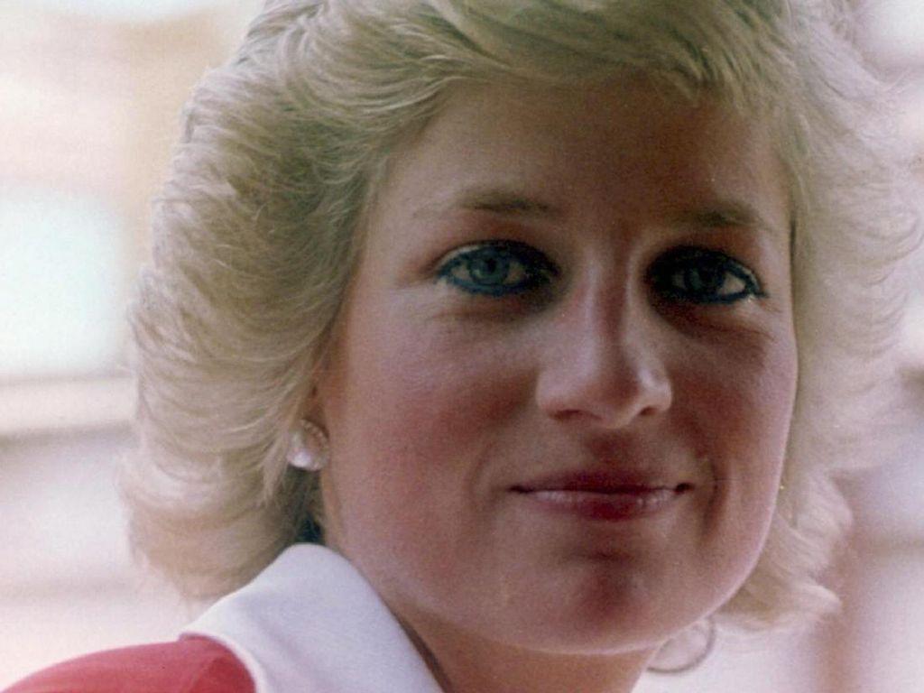 Terungkap, Fakta di Balik Gaya Rambut Putri Diana yang Selalu Sama