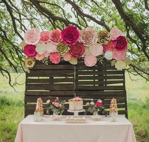 15 inspirasi dekorasi paper flower yang cantik untuk lamaran pernikahan