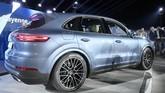 Menurut perancang, Michael Mauer mengatakan Cayenne terbaru lebih menonjolkan karakter Porsche yang dibuat lebih presisi, elegan, dan ekspresif. (REUTERS/Michaela Rehle)
