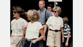 FOTO: Sisi Kasual Diana di Balik Mewahnya Tembok Istana