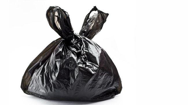 Dilarang Membawa Kantong Plastik ke Telaga Warna Puncak