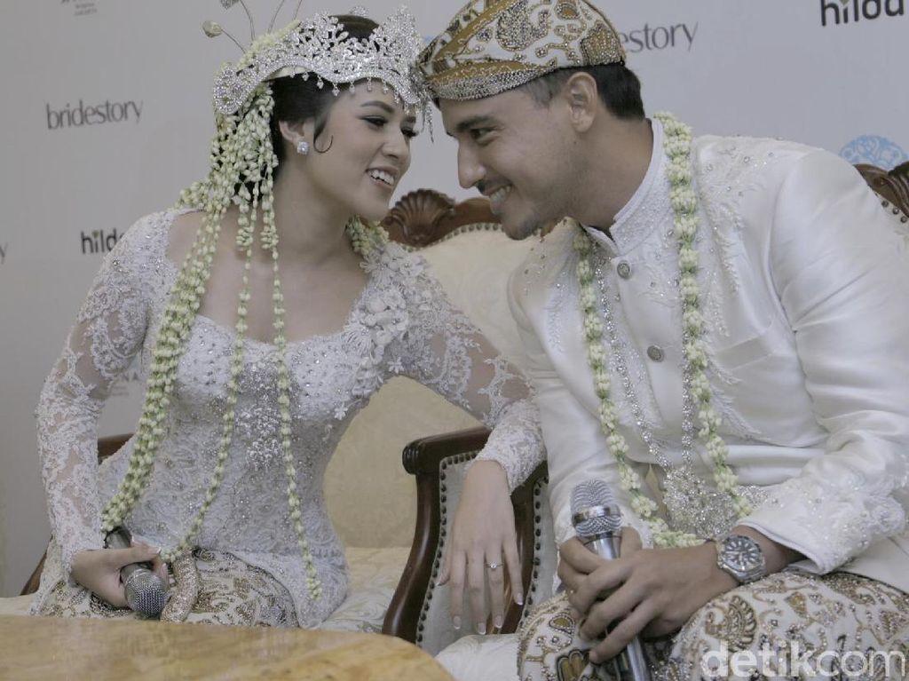 Foto: Cantiknya Raisa Saat Menikah, Pakai Kebaya Hingga Gaun Pengantin Mewah