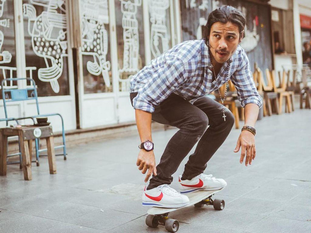 Foto: 10 Artis Tampan untuk Obati Hati Terpoteque karena Hamish Daud Menikah