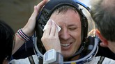 Jack Fischer menjadi salah satu astronaut yang bertugas mengganti kotak avionik yang mengarahkan informasi perintah dan data eksperimen sainspada pertengahan Mei lalu.(REUTERS/Sergei Ilnitsky)