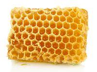 Sarang madu yang dibuat oleh lebah. Strukturnya rapi ya. (Foto: Thinkstock)