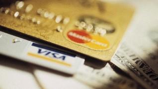 Ritel Saks Fifth Kebobolan Data 5 Juta Kartu Kredit Pelanggan