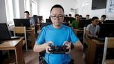 <p>Kedepannya, pemerintah mengharuskan penerbang drone mememiliki lisensi. (REUTERS/Jason Lee TPX IMAGES OF THE DAY)</p>