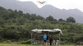 <p>China memperketat aturan mengenai penerbangan drone, terutama di daerah utara yang kerap digunakan sebagai latihan lepas landas dan pendaratan. (REUTERS/ Jason Lee)</p>