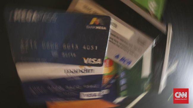 Polisi Tangkap Dua Pembobol Rekening Modus Ganjal ATM