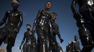 Cascamorras, Festival 'Tergelap' di Spanyol