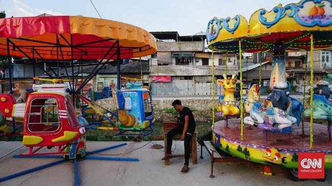 Ruang Publik Terpadu Ramah Anak (RPTRA) Kalijodo dibangun oleh Mantan Gubernur DKI Jakarta Basuki Purnama atau Ahok. Tujuannya untuk memberi masa depan baru bagi masyarakatnya yang tersandera prostitusi.
