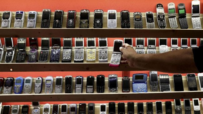 Ponsel 'BM' Bikin Rugi, Produsen Ponsel Desak Aturan IMEI