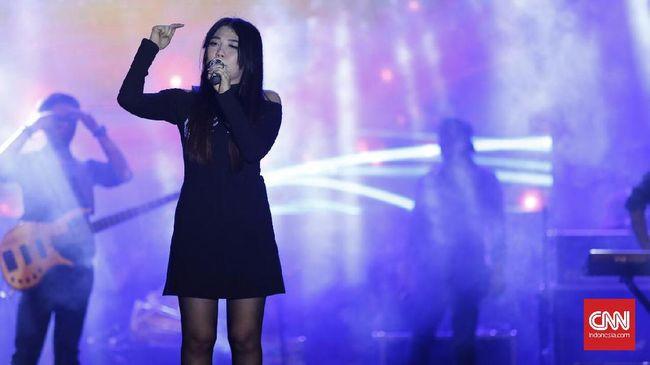 Via Vallen Bakar Semangat Asian Games lewat 'Meraih Bintang'