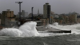 Badai Irma Paksa Walt Disney World dan Universal Studio Tutup