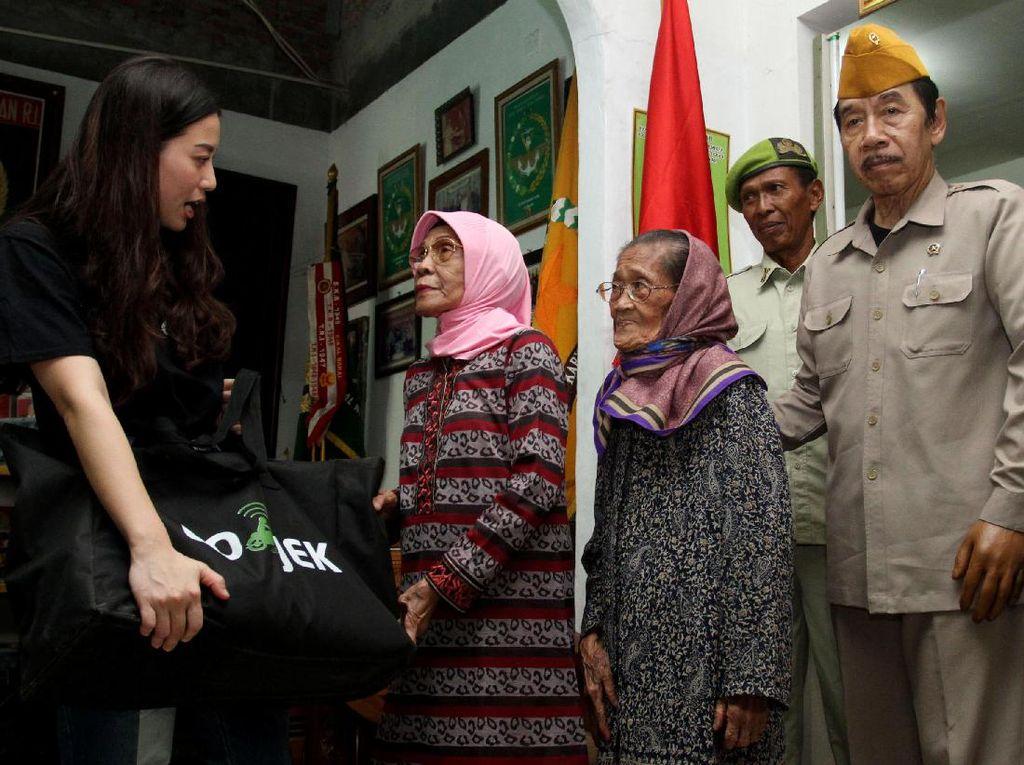 Penyerahan sumbangan tersebut dilakukan di Kantor Yayasan Korps Cacad Veteran Republik Indonesia (KVCRI). Istimewa.