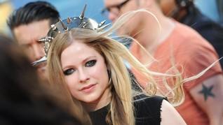 Album Baru Avril Lavigne Bakal Lebih Emosional