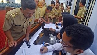Ramai Pro-Kontra Netizen Soal Gaji ke-13 dan THR PNS