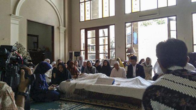 Cerita Hamzah Haz Tentang Istrinya yang Wafat Saat Tidur