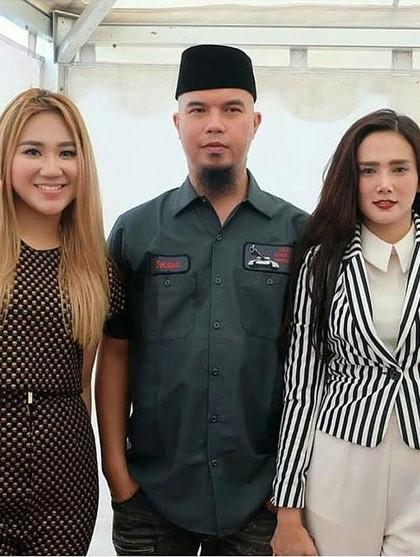 Foto: Adu Gaya Maia Estianty dan Mulan Jameela, Siapa Termodis?