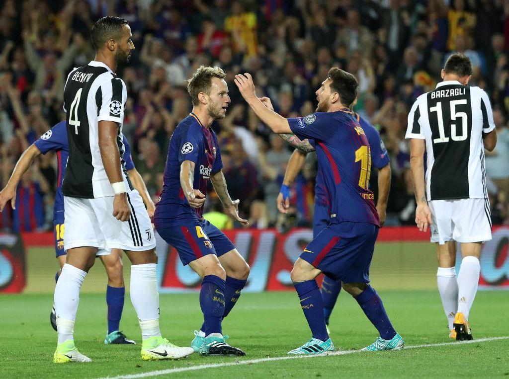 Di babak kedua, giliran Ivan Rakitic yang menjebol gawang Buffon untuk membawa Barca unggul 2-0. Foto: Susana Vera/Reuters