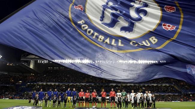 Kemenangan besar juga diraih klub Liga Primer Inggris lainnya, Chelsea, yang sukses melumat Qarabag FK 6-0 di Stamford Bridge. (Action Images via Reuters/Tony O'Brien)