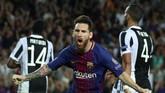 Penyerang asal Argentina, Lionel Messi, mencetak dua gol ke gawang Juventus pada menit ke-45 dan 69. (REUTERS/Albert Gea)