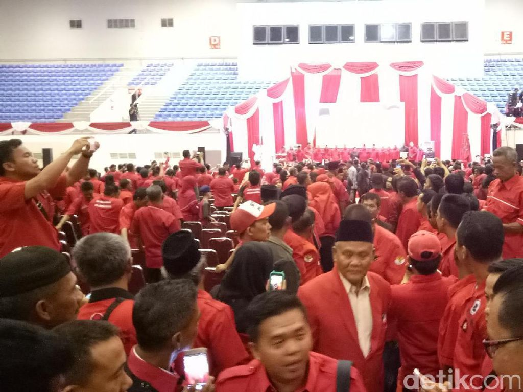 Dalam rapat konsolidasi hari ini, ada 4.270 kader yang hadir (Raja Adil Siregar/detikcom)
