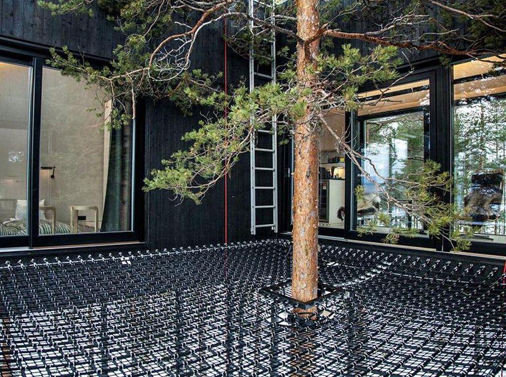 Sarana outdoor seperti jaring dirasa dapat memberikan pengalaman yang tak terlupakan bagi pengunjung. Istimewa/Johan Jansson/Boredpanda.
