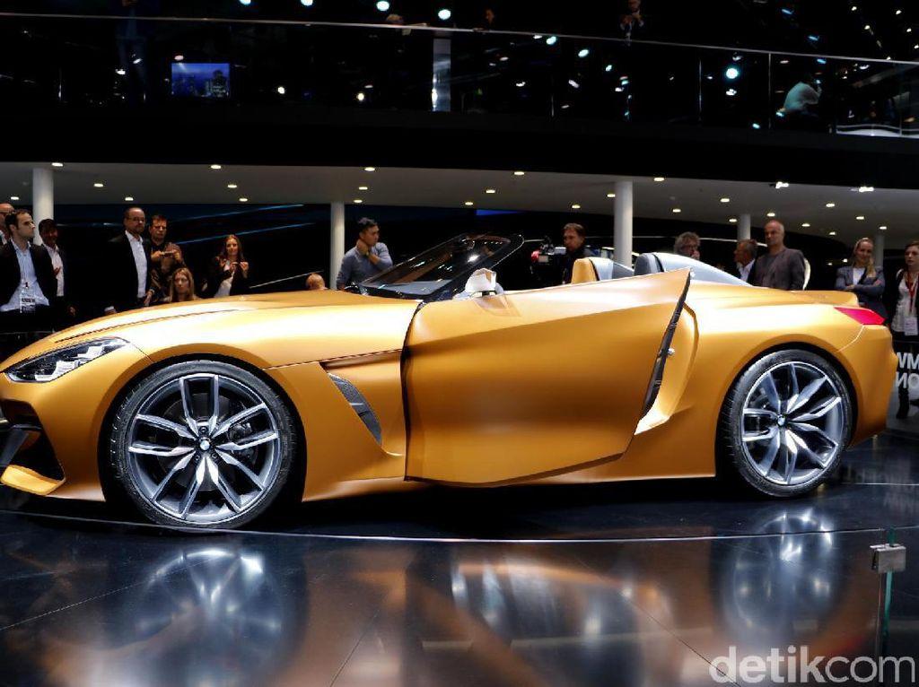 BMW belum membocorkan mesin atau motor listrik apa yang bakal dipasang di mobil ini.