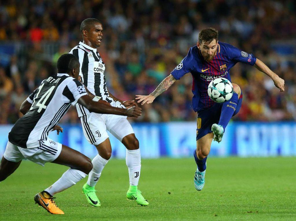 Sebelum pertandingan di Camp Nou, Rabu (13/9/2017) dini hari WIB tadi, Lionel Messi tidak pernah membobol gawang Gianluigi Buffon dalam tiga kali pertemuan melawan Juventus. Foto: Albert Gea/Reuters