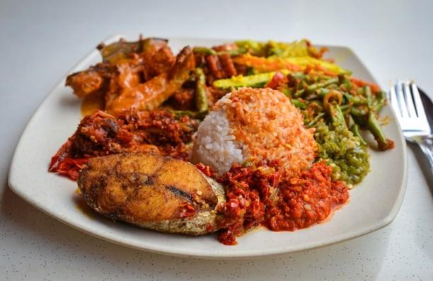 Sstt..! Racikan Nasi Padang yang Sedap di Singapura Ada di Tempat Ini