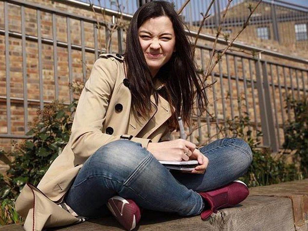 Kimberly tengah melanjutkan pendidikan seni peran di London, Inggris. Dok. Instagram/kimbrlyryder