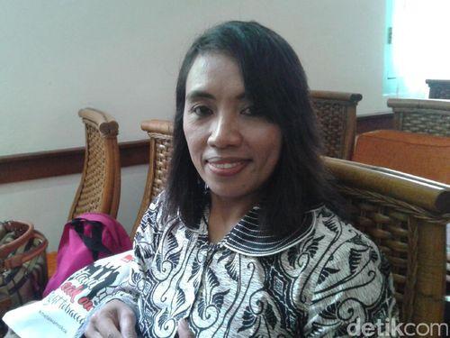 Cegah Paparan Asap Rokok, Wanita Ini Gagas Kampung Tanpa Rokok