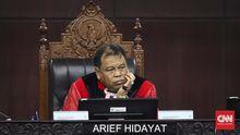 Arief Hidayat Resmi Dilantik Jokowi Jadi Hakim MK