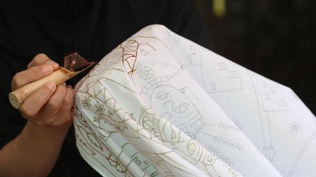6 Hal yang Patut Diperhatikan saat Merawat Baju Batik