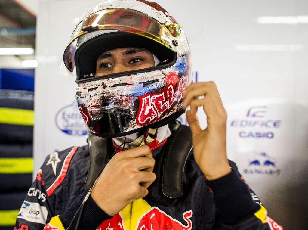 Sean masih punya tiga kesempatan lain untuk tampil di latihan bebas F1 musim ini. Pebalap berusia 20 tahun itu juga akan tampil di Malaysia, Austin, dan Meksiko. Foto: Peter Fox/Getty Images