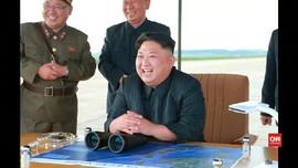 VIDEO: Rona Bahagia Kim Jong Un Pimpin Peluncuran Rudal