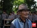 Polisi Cegat Peserta Seminar 'Kebenaran 1965' di LBH Jakarta