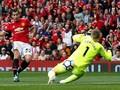 Manchester United Libas Everton 4-0