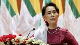 Hina Aung San Suu Kyi di Facebook, Eks Wartwan Dibui 7 Tahun