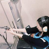 Selain itu, olahraga menembak juga bermanfaat meningkatkan fokus pikiran. Sebab, dibutuhkan fokus yang seimbang untuk mengarahkan tembakan. (Foto: instagram/jelly_jilli)