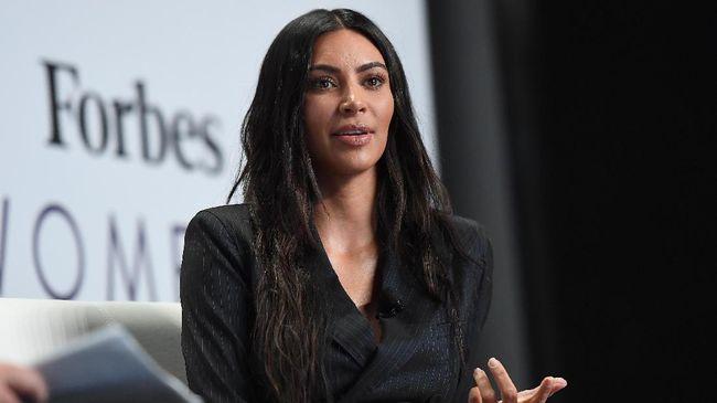 Dikecam, Kim Kardashian Bakal Ganti Nama Label 'Kimono'