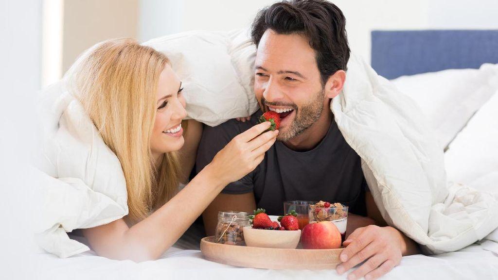 Sebelum Foreplay, Ajak Pasangan Konsumsi 7 Makanan Ini