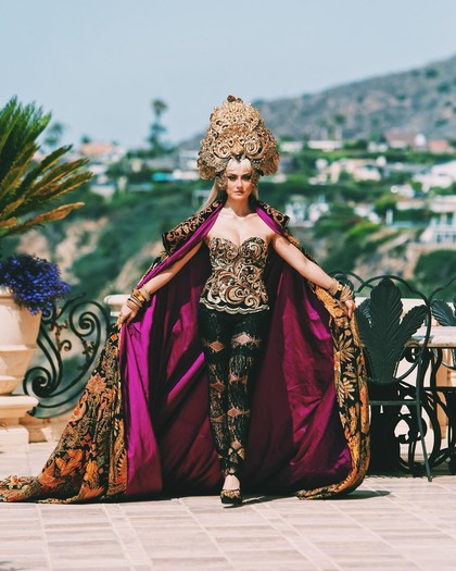 Cerita Anne Avantie Dandani Agnez Mo di Video Klip Long As I Get Paid