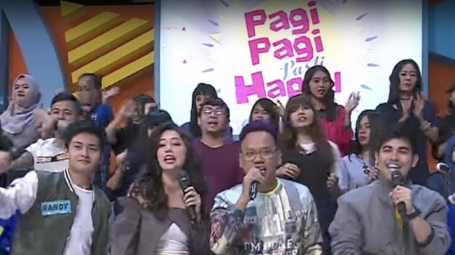 Jatuh Bangun Stasiun TV Kerek Rating Pemirsa