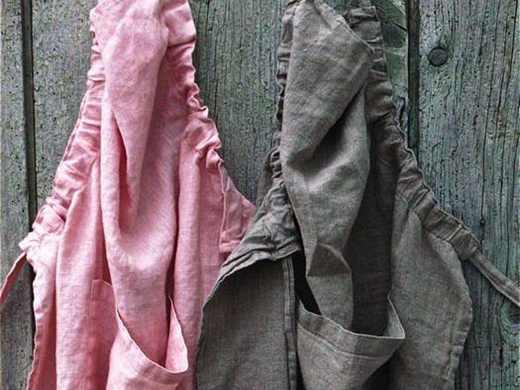 Bahan linen yang ringan, sejuk cocok buat apron. Apalagi pilihan warnanya sangat banyak. Cocok dibuat apron dengan model serutan samping ini.Foto: Istimewa